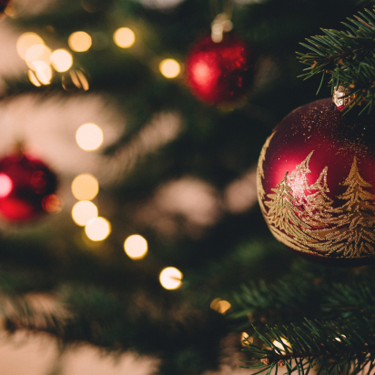 5 Ways to Liven Up Your Social Media Holiday Content